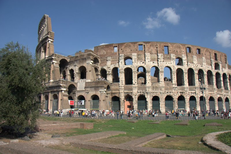colosseum close